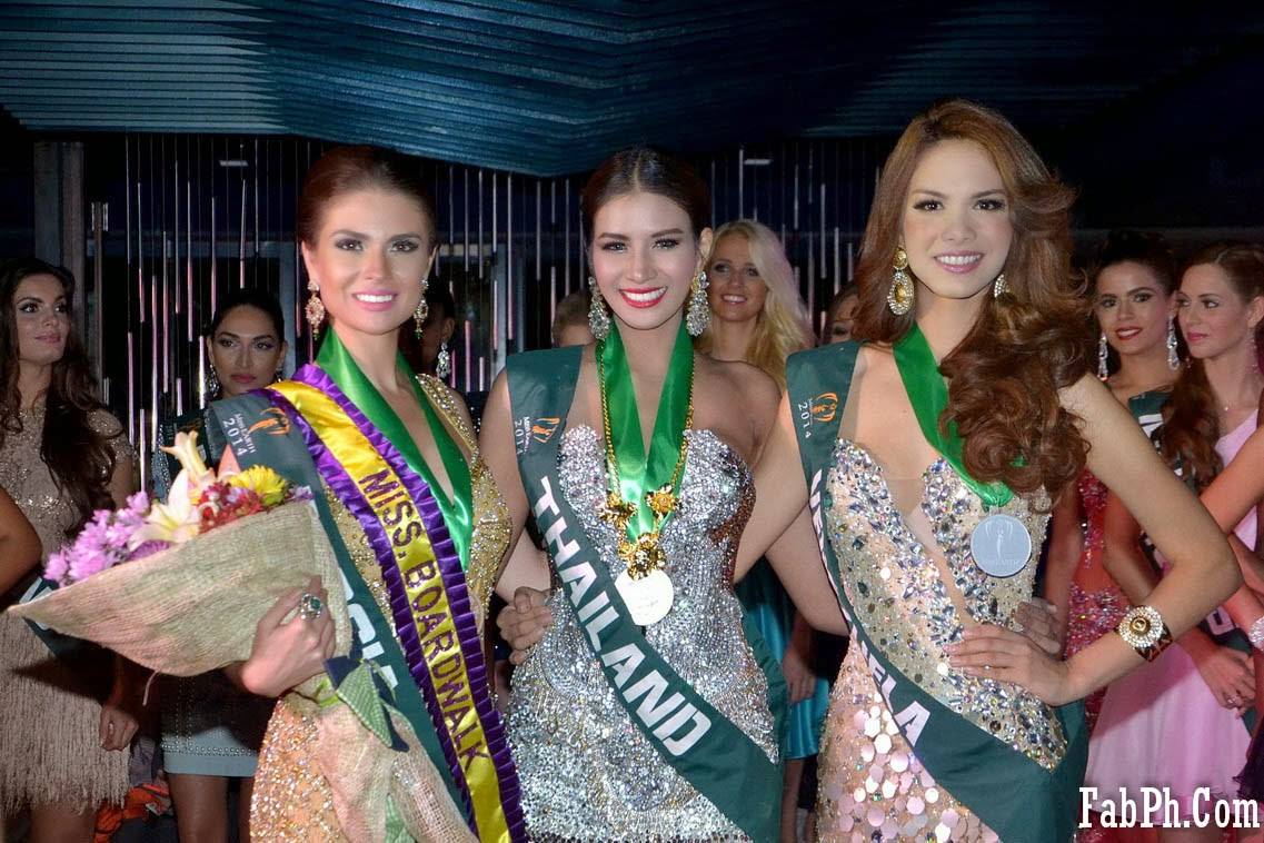 Miss Earth 2014 Cocktail Wear Competition Group 03