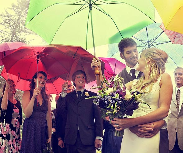 Tips For Planning a Rainy Wedding