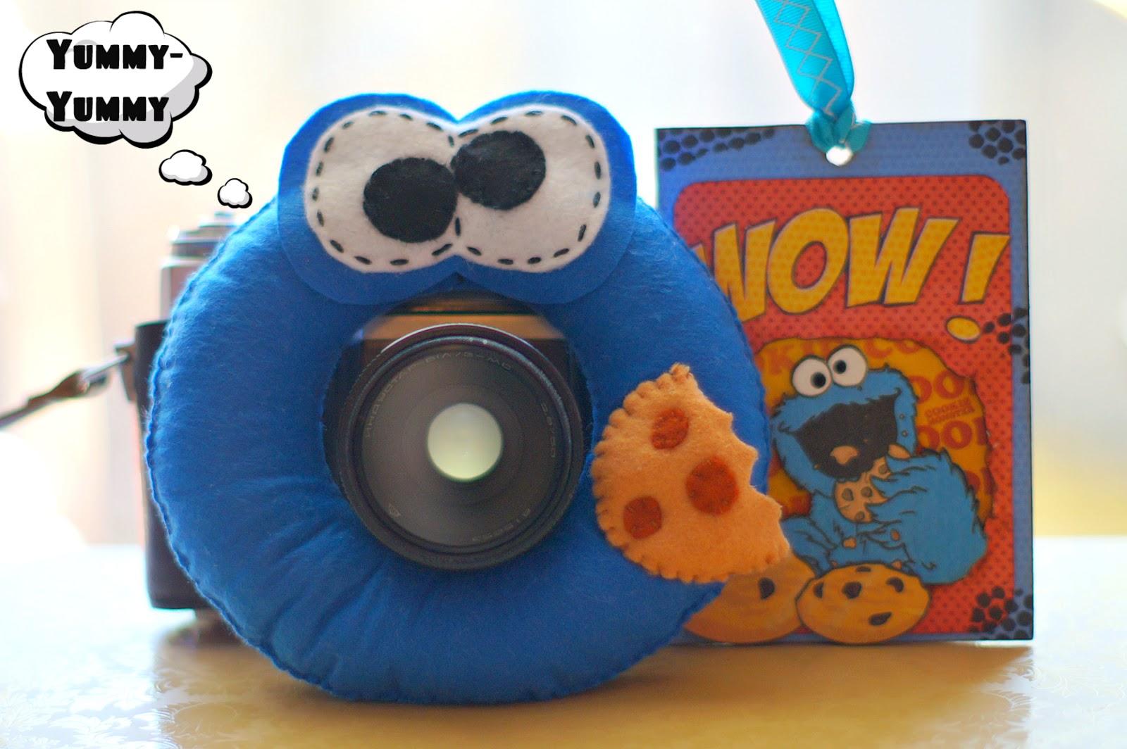 Игрушка на фотоаппарат Cookie Monster =)