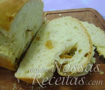 receita de pão preparado com torresmos crocantes