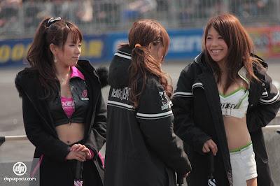Gadis-gadis Bermata Sipit Sirkuit Osaka Jepang
