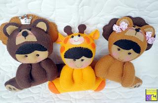 bebês disfarçados de bichinhos em feltro