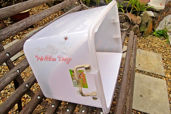 DIY Light Box with Plastic Storage Container by WireBliss