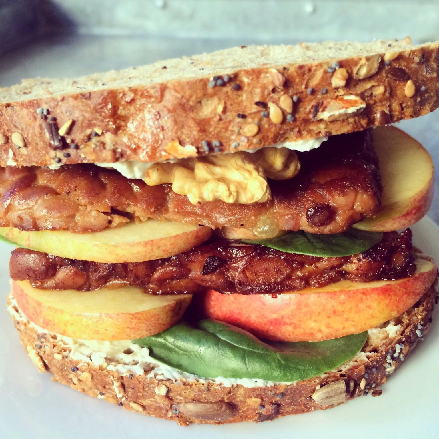 sandwich tempeh pomme noix