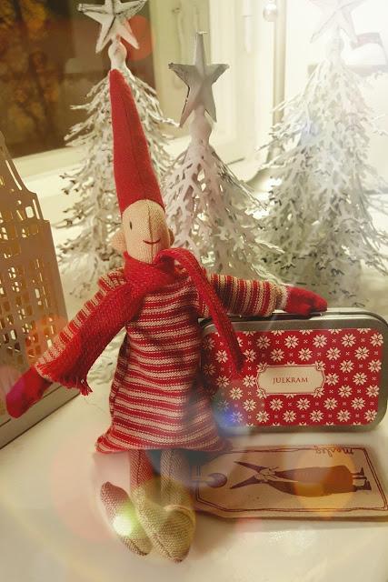 http://joulupuunalla.blogspot.fi/2015/11/arvonnan-aika.html