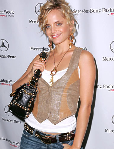 mena suvari hollywood hot - photo #37