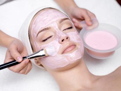 Cara Membuat Masker Alami Untuk Kulit Wajah Kering