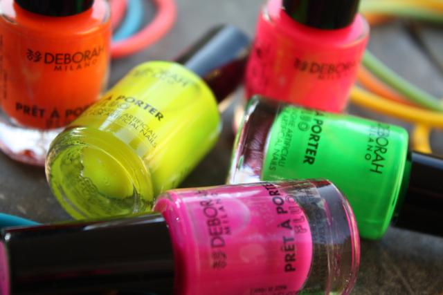 Colori fluo anche per le nostre unghia for Colori fluo
