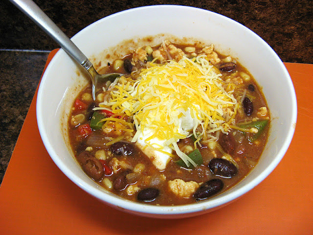 The Well-Fed Newlyweds: Chicken Chili Taco Soup
