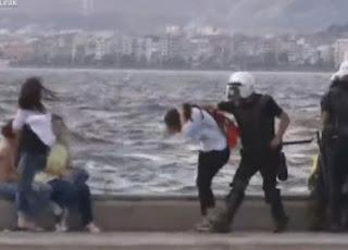 la-proxima-guerra-policia-turca-ataca-manifestantes