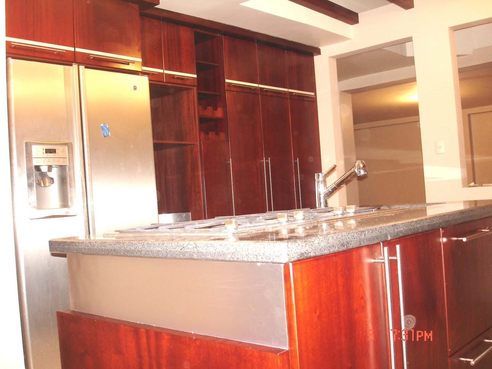 Ideatumobiliario muebles de cocina for Cocinas de casas modernas