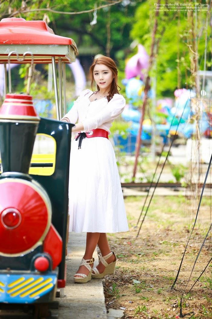 7 Kim Ha Eum - Carny Shoot, Three Outfits- very cute asian girl-girlcute4u.blogspot.com