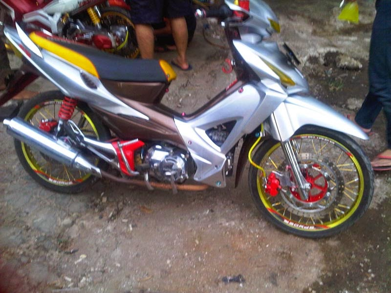 modifikasi honda absolute revo road race