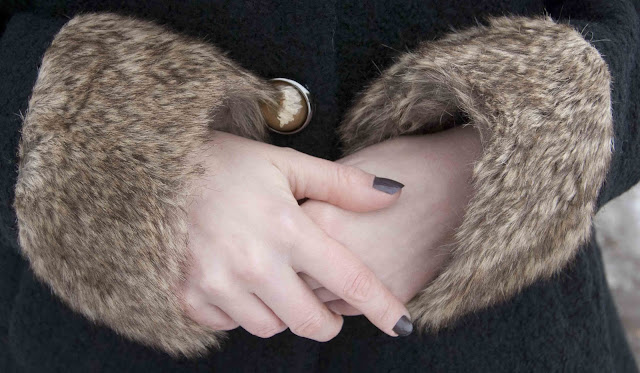 fake fur, retro, coat, armcuffs