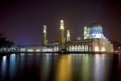 masjid tercantik di malaysia