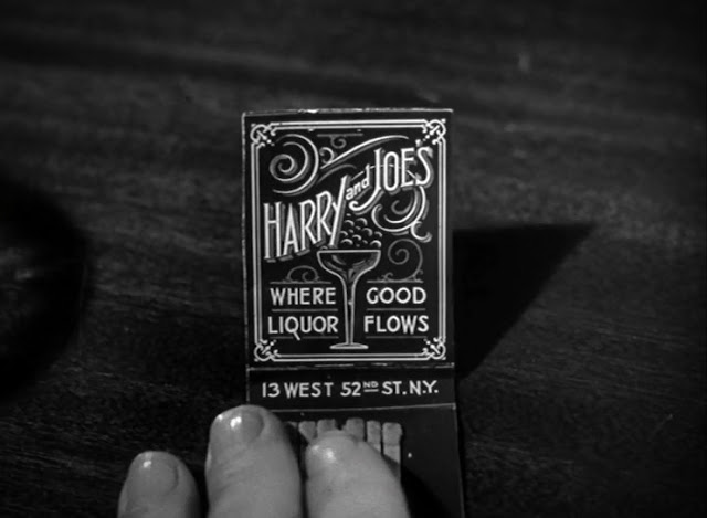 a pack of matches with vintage graphics, 1945