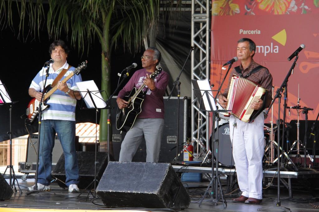 O Trio Bico Seco foi uma das atrações da edição especial do Cultura de Raiz, realizada dentro do festival