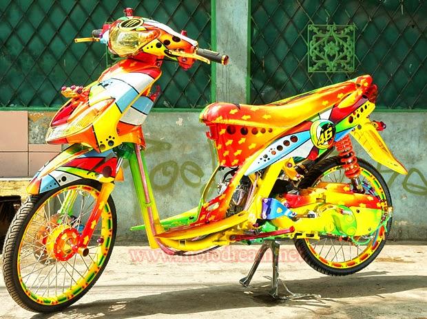 Foto Modifikasi Yamaha Mio Sporty Model Terbaru Desain Klasik