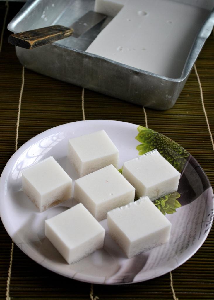 Vegan coconut jelly burmese kyauk kyaw gayathris cook spot vegan coconut jelly burmese kyauk kyaw forumfinder Images