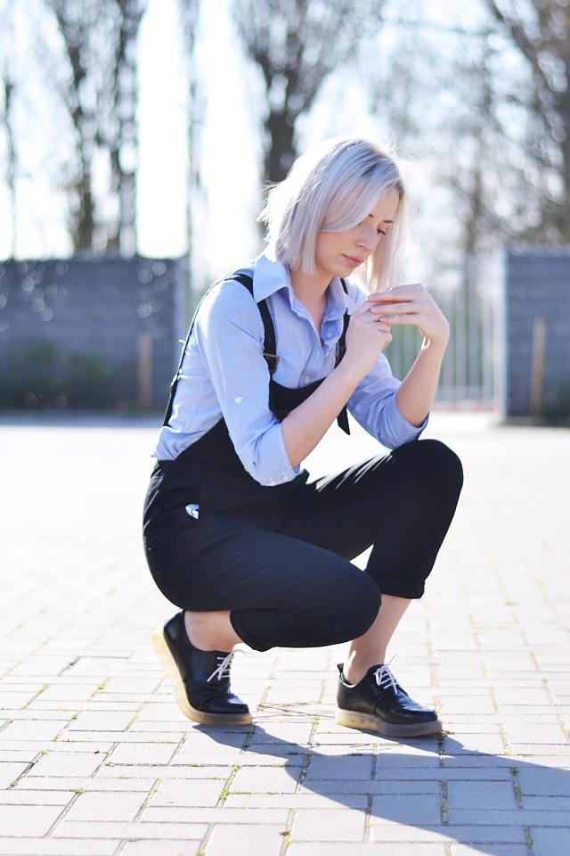 Dungarees, outfit, fashion blogger, striped shirt, black overall