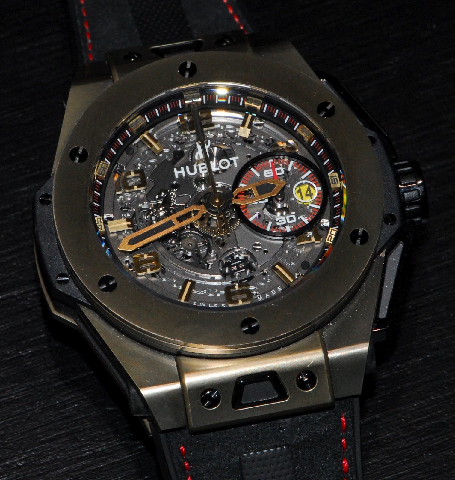 j 39 aime les montres la montre du jour hublot big bang ferrari magic gold baselworld 2012. Black Bedroom Furniture Sets. Home Design Ideas