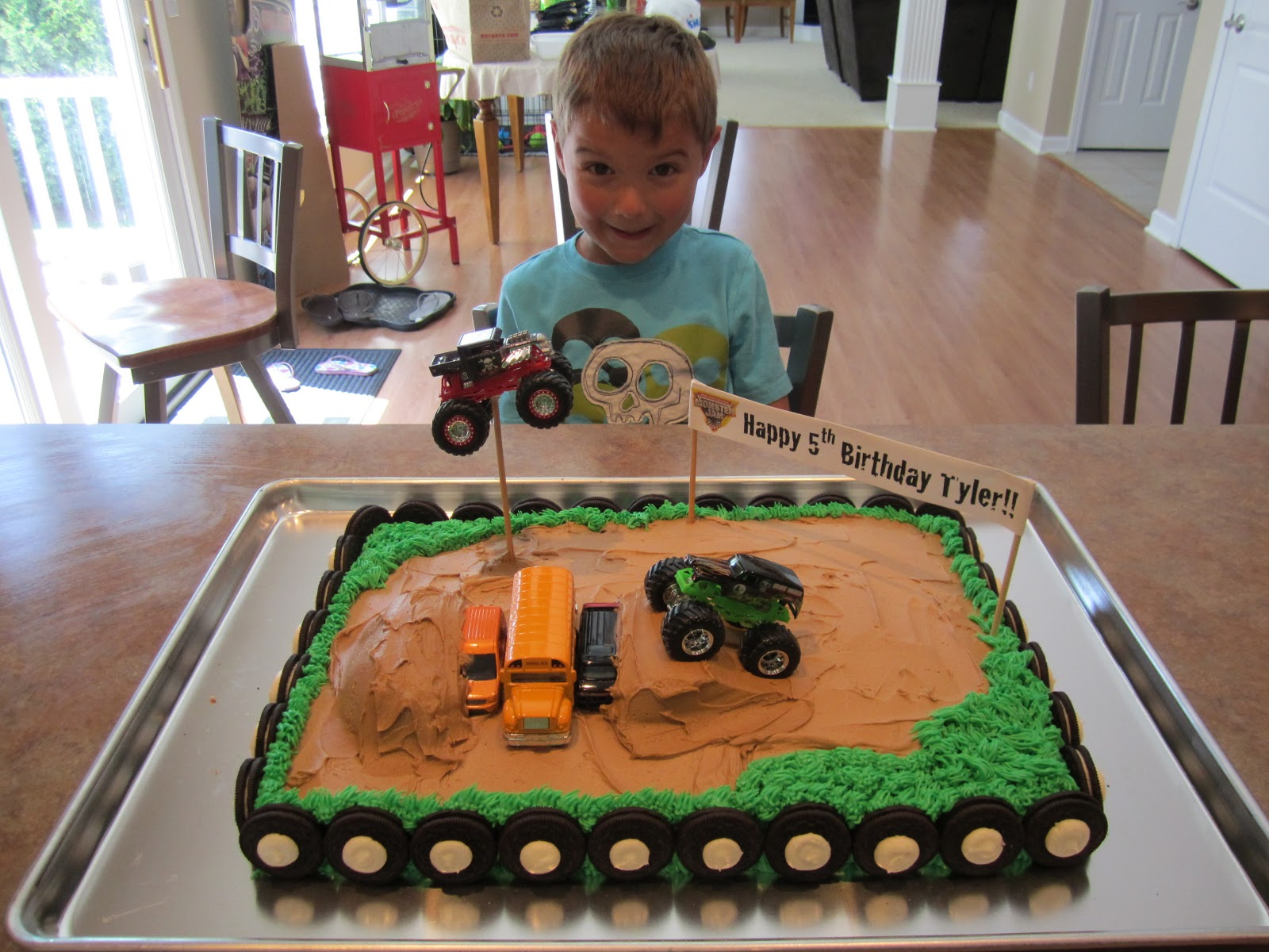 It's Fun 4 Me!: Monster Truck Cake: How to Position a ...