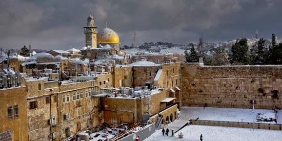 Salju Turun di Timur Tengah, Kenapa Bisa?