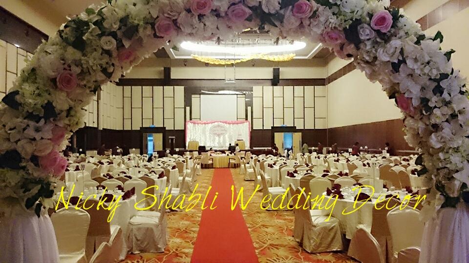 Nicky shabli wedding decor kuching sarawak chinese wedding 2016 posted by nicky shabli wedding decor pelamin kuching sarawak at 1119 pm junglespirit Choice Image