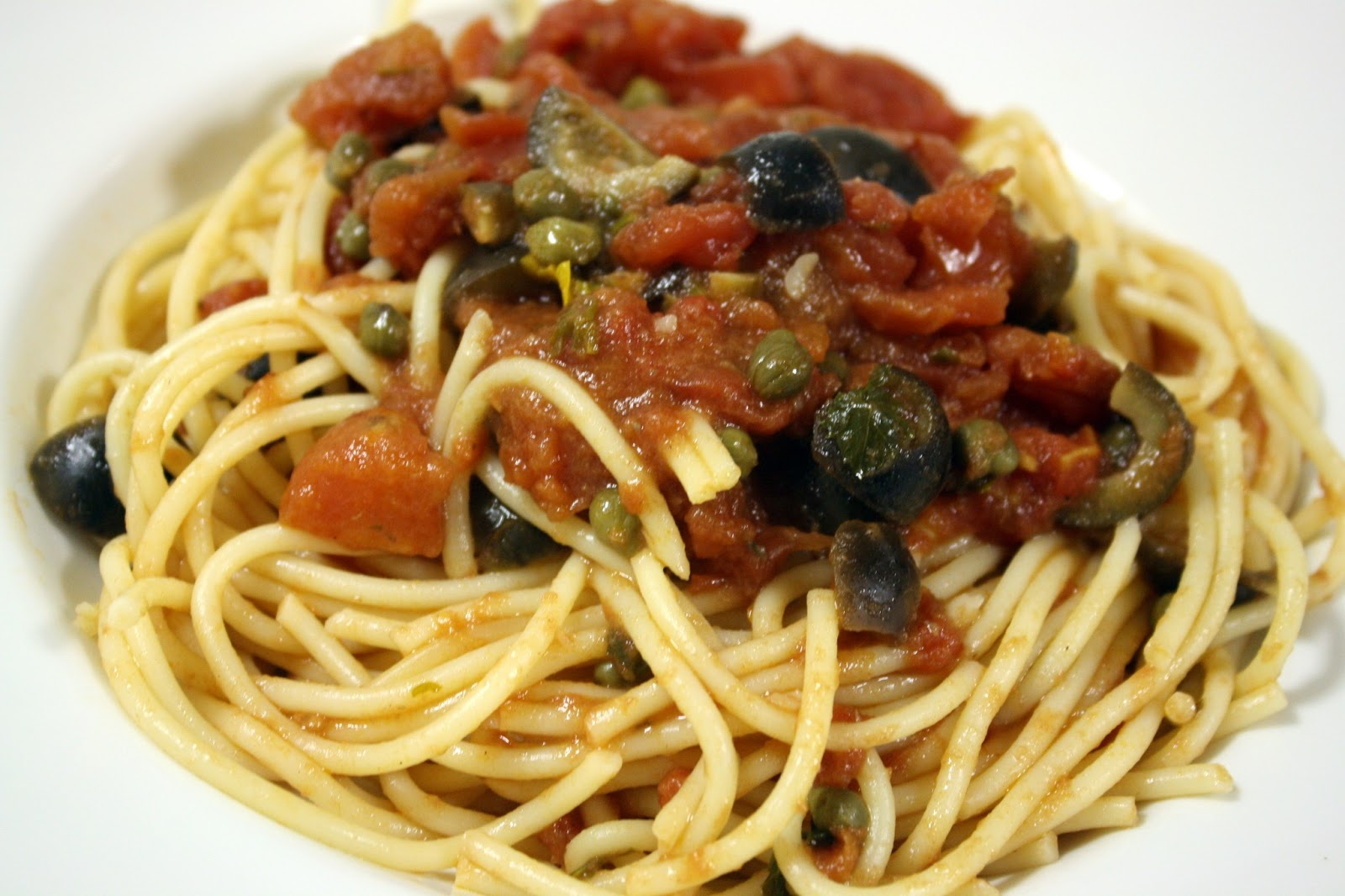 ... roasted vegetarian puttanesca sauce linguine with oven roasted tomato