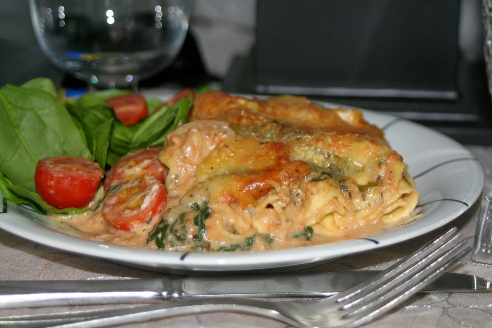 Vegetarisk lasagne spenat soltorkade tomater