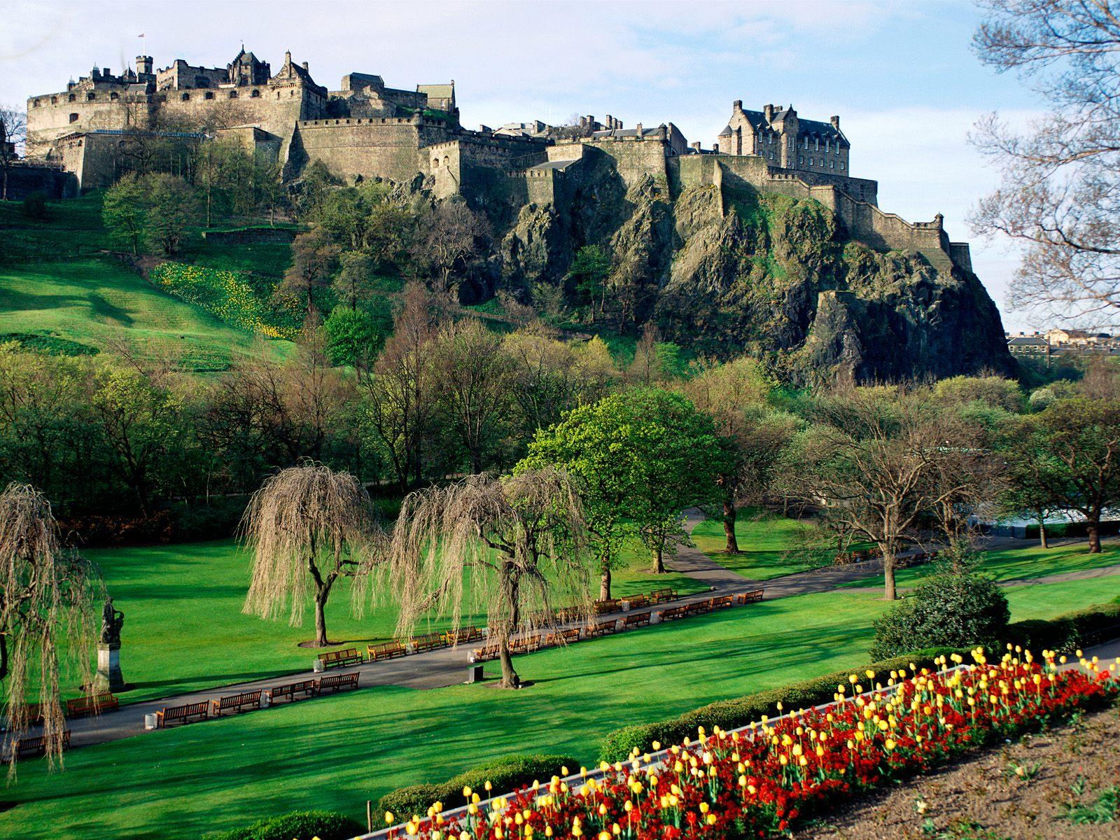http://4.bp.blogspot.com/-KKoSoBjR9Xo/TrkzB7j3SHI/AAAAAAAAD60/5BytPf1vQqM/s1600/edinburgh-scotland-travel.jpg