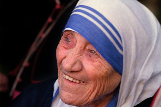 Vatican clarifies Mother Teresa canonization report