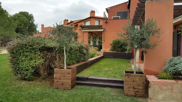 Maceteros para tu jardin for Balancines de madera para jardin
