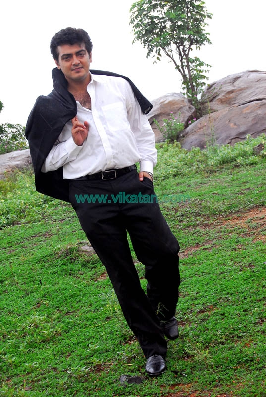 Ajith Kumar's Exclusive Unseen Pictures 35