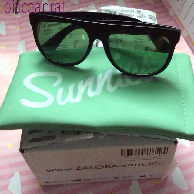 zalora review, sunnies review, zalora sunnies, johnnie sunglasses,