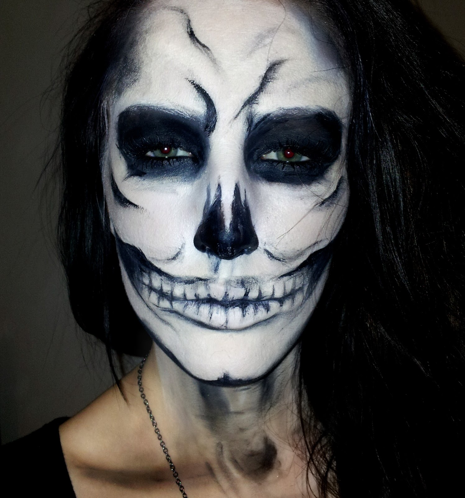 lynsey mckenzie make up blog halloween skull. Black Bedroom Furniture Sets. Home Design Ideas