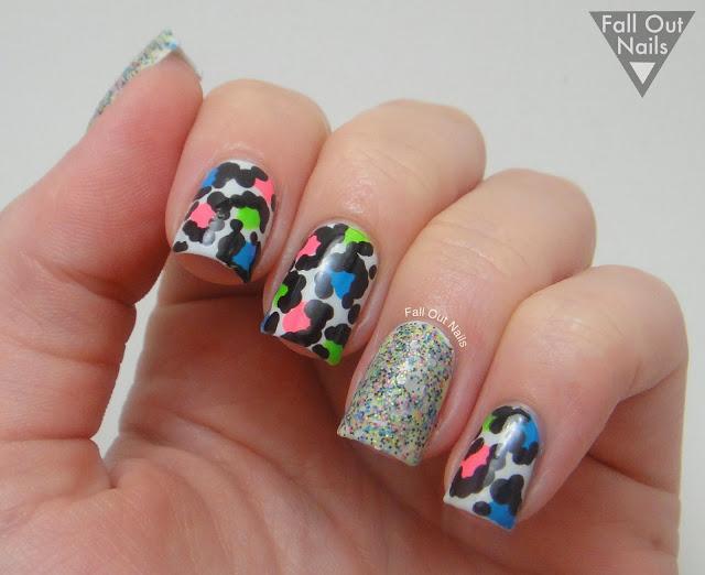 Neon-leopard-nails-4