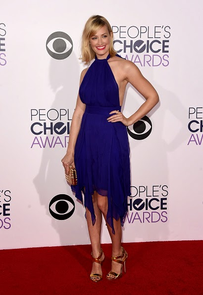 Beth Behrs Red Carpet People's Choice Awards 2015
