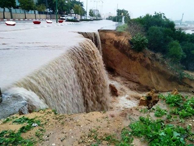 شاهد صور السيول تجتاح اسرائيل