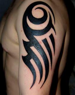 Tribal kol dövme desenleri