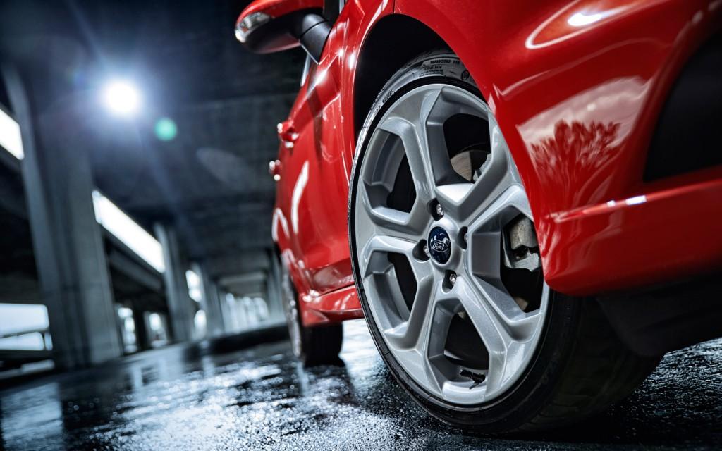 2014 Ford Fiesta ST Debuts at LA Auto Show