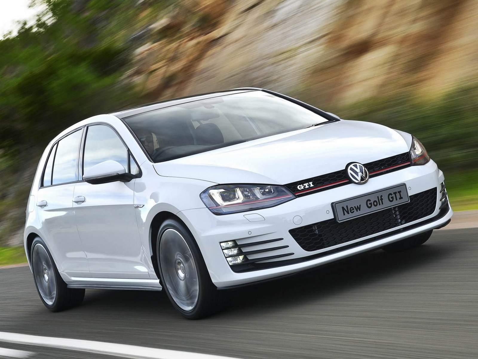 VW Golf GTI 2015 - Branco