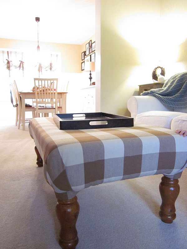 DIY Tutorial: Coffee Table Into Upholstered Ottoman/Cocktail Table    Welcometothemousehouse.com