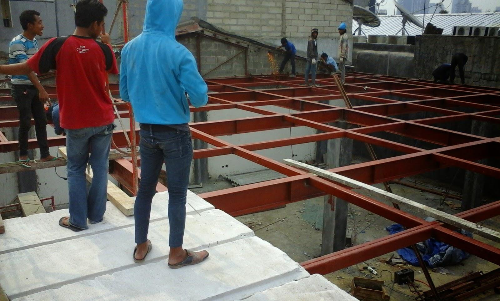HEBEL BATA: Kombinasi-Konstruksi-Baja-dan-Panel-Lantai