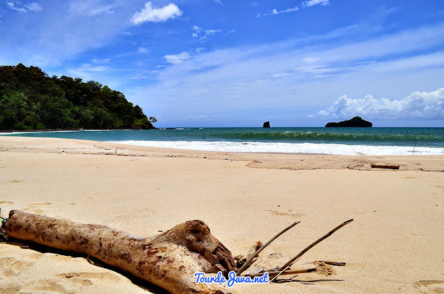 pantai sendiki malang selatan jawa timur