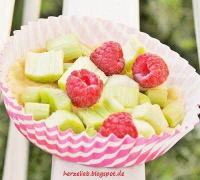 Bei diesem Rezept werden die Früchte mitgebacken