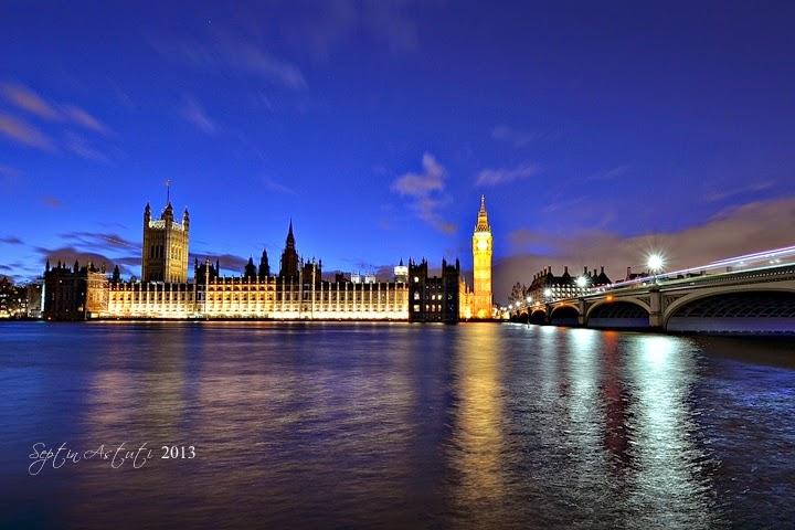http://lifestyle.kompasiana.com/hobi/2014/01/01/london-di-malam-hari-dalam-lensa-623164.html