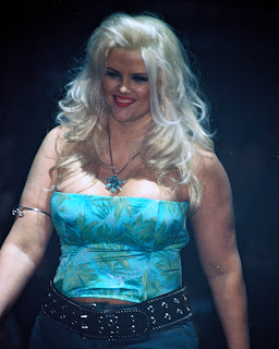 New Anna Nicole Smith Hairstyles