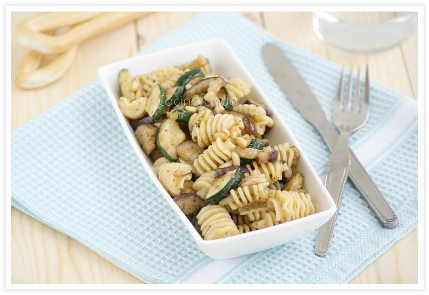 ensalada-templada-pasta-calabacin-berenjena