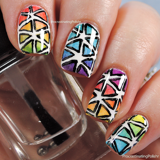 Best Nail Art of 2015 - Rainbow Triangle Gradient